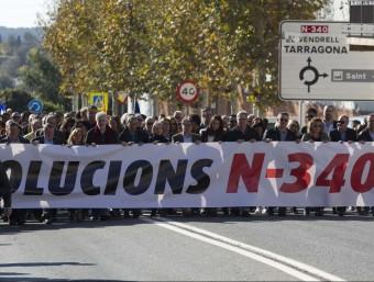 Manifestació a l'Arboç per exigir la gratuïtat de l'AP-7 JOSÉ CARLOS LEÓN