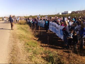 Aspecte de la manifestació contra els abocadors de Guadassuar. EL PUNT AVUI