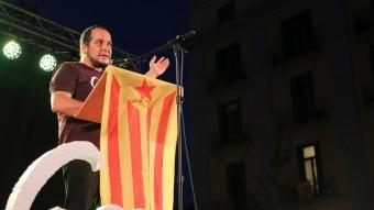 David Fernández, en un míting a Girona durant la campanya de les eleccions al Parlament. MANEL LLADÓ