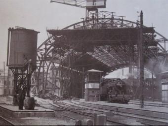 L'estació de França de Barcelona a mig construir.  ARXIU