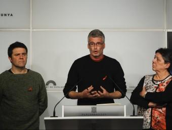Els diputats de la CUP Josep Manel Busqueta, Sergi Saladie i Gabriela Serra EFE