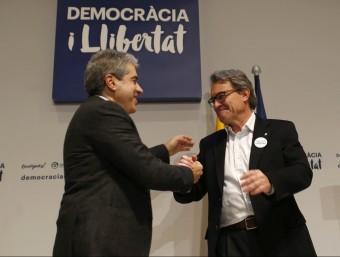 El cap de llista de DL, Francesc Homs, i el líder de CDC, Artur Mas, aquest divendres a Mataró EFE
