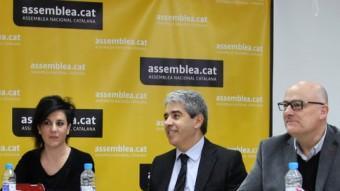 El candidat de DL, Francesc Homs, (3er per la dreta), a la reunió amb ERC i l'ANC ELISABETH MAGRE