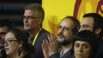 Els parlamentaris de la CUP, amb Antonio Baños i Anna Gabriel en primer terme ORIOL DURAN