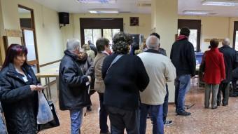 Ambient en un col·legi electoral de l'Hospitalet de Llobregat JUANMA RAMOS