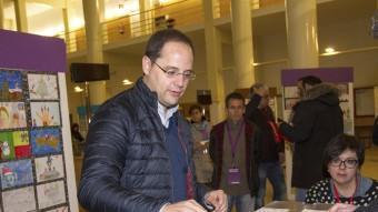 El número 2 del PSOE i candidat per la Rioja, César Luena, votant aquest diumenge a Logroño EFE