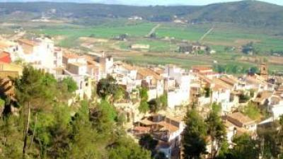 Panoràmica parcial de la vila d'Agres. B. SILVESTRE