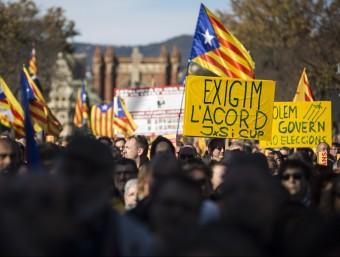 Manifestació de l'ANC per exigir un acord a Junts pel Sí i la CUP, el passat 22 de novembre a Barcelona ALBERT SALAMÉ