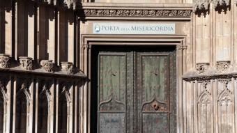 La Porta dels Apòstols, ara de la Misericòrdia, a la catedral de Girona. J.SABATER