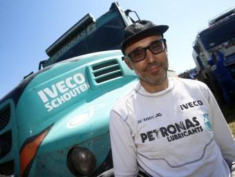 Moi Torrallardona, a davant de l'Iveco guanyador EFE