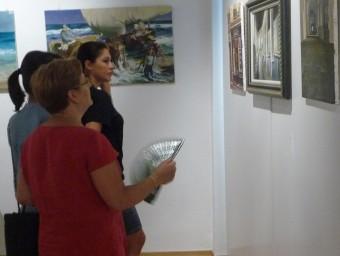 Mostra pictòrica penjada a la Sala Rafael Calduch durant l'estiu de 2011. ESCORCOLL