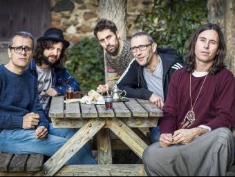 Showarma i els Falafels, amb Jacob Serradesanferm i Martí Vilardebò a la dreta JOAN TEIXIDÓ