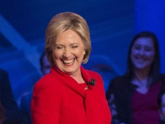 Hillary Clinton, aspirant demòcrata, a Des Moines, Iowa; el precandidat republicà, Donald Trump, en un míting a Des Moines, i el seu rival, el senador per Texas Ted Cruz AFP