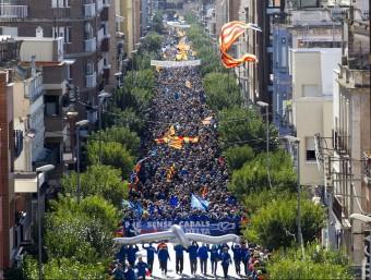Milers de persones han omplerts els carrers d'Amposta per protesta contra el Pla Hidrològic JOSÉ CARLOS LEON