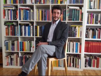 José Moisés Martín és economista per la Universidad Autónoma de Madrid i col·labora com a columnista en diferents mitjans.  L'ECONÒMIC