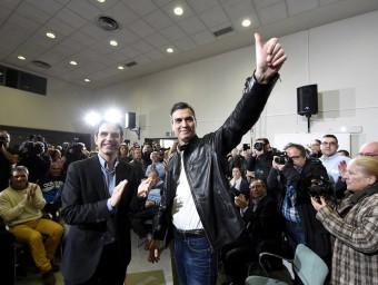 Sánchez ahir amb militants del PSOE a Alcalá de Henares per demanar el sí al seu pacte amb C's fernando Villar / efe