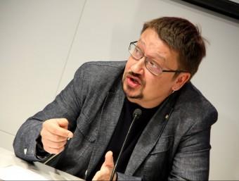 El diputat d'En Comú Podem, Xavier Domenech, a la seu del Col·legi de Periodistes ACN
