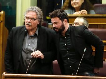 Els diputats d'Esquerra Joan Tardà i Gabriel Rufián, ahir al Congrés EFE / BALLESTEROS