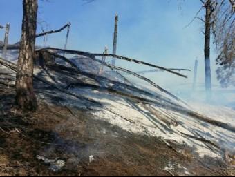 una imatge de l'incendi de Sentmenat BOMBERS DE LA GENERALITAT