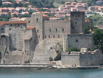 Castell dels reis de Mallorca a Cotlliure, a la Catalunya Nord ARXIU