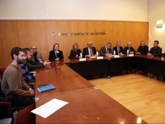 Administracions i professionals del sector turistic i comercial van debatre a Figueres de l'impacte de la suspensió del Tractat de Schengen a la frontera francesasobre el comerç gironí JOAN SABATER