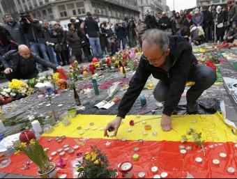 Milers de persones han homenatjat a Brussel·les les víctimes REUTERS