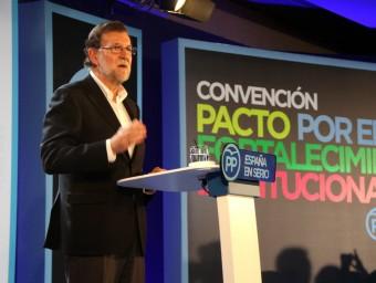 El president del PP, Mariano Rajoy, durant la seva intervenció en la convenció popular d'aquest dissabte a Barcelona ACN