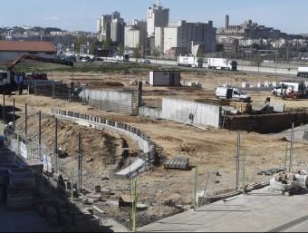 Noves obertures de discoteques a Lleida, les dues, com aquesta a la LL-11, en obres i volen obrir abans de l'estiu S. IGLESIAS