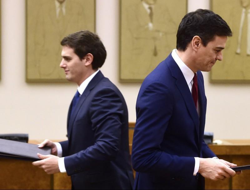 Albert Rivera, líder de Ciutadans, i Pedro Sánchez, del PSOE