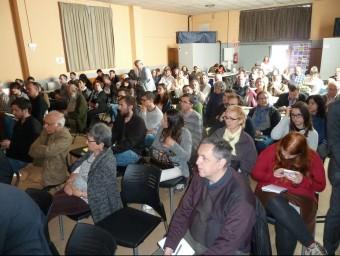 Els representants dels micropobles participants en la jornada que s'ha celebrat al local social de Sant Miquel de Campmajor J.C