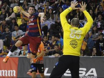 Aitor Ariño , amb 8 gols, va aixecar les passions dels joves aficionats que van omplir ahir les grades del Palau Blaugrana FCB