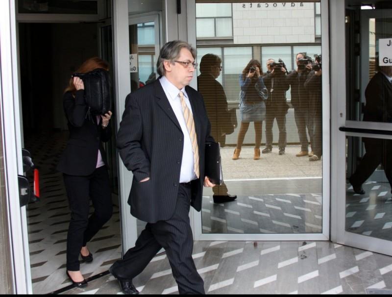 David Duaigües surt dels jutjats el 22 d'abril després d'aportar les proves sobre el suposat parentiu. ARXIU