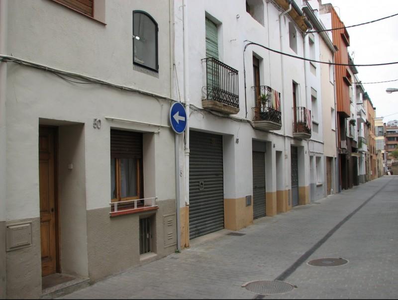 El domicili situat al número 50 del carrer Divina Pastora, d'on van sostreure dos joiers Ò. P