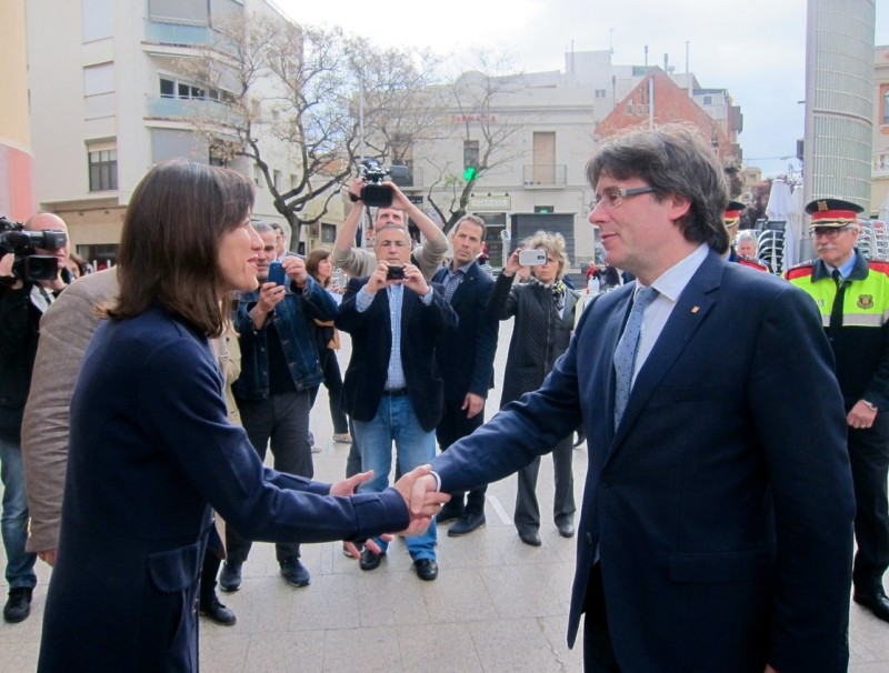 L'alcaldessa de e Santa Coloma de Gramenet, Núria Parlon, i el president de la Generalitat, Carles Puigdemont EP