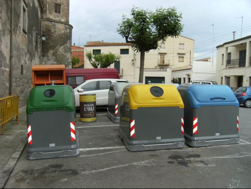 Els contenidors Easy que s'estant distribuïnt EPA