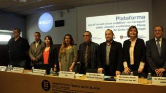 Els representants de sindicats i patronals i els alcaldes van presentar ahir la plataforma a la UPC ACN