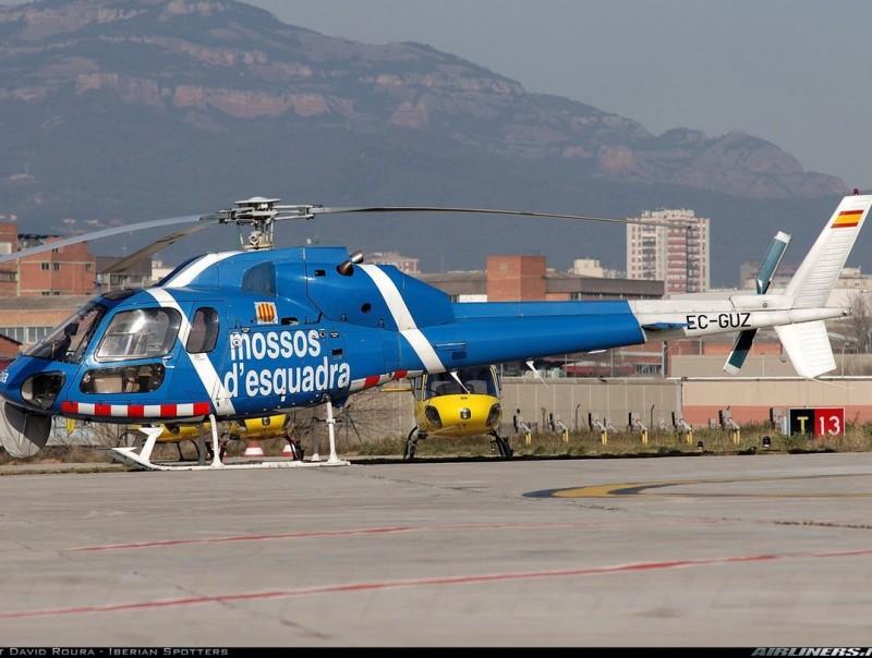 Imatge d'arxiu d'un helicòpter dels Mossos EL PUNT