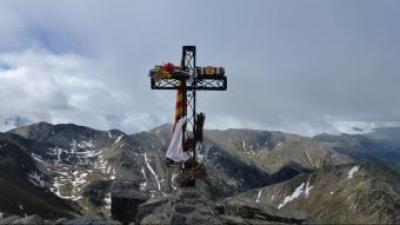 La creu del cim del Canigó a 2.784 metres d'altitud GRAND SITE CANIGÓ