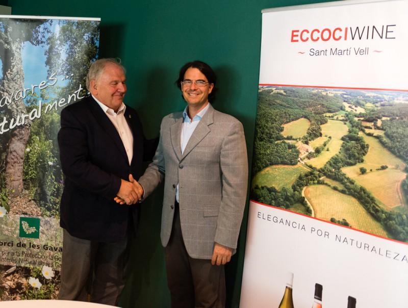 Fermí Santamaria i Paolo Manzin després d'haver signat el conveni a les instal·lacions de Sant Martí Vell MARC SUREDA