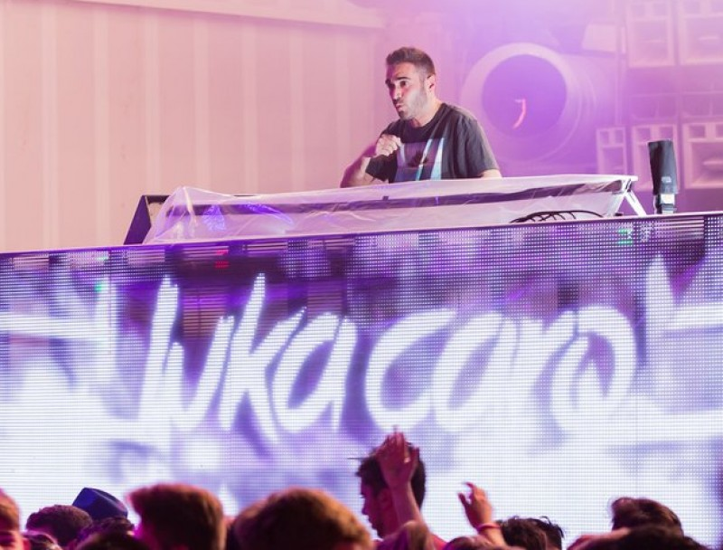 Luka Caro, durant una Midnight Ibiza Paint Party, a Privilege SERGI ESPINOSA