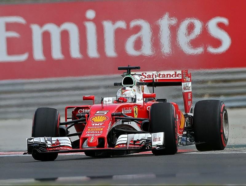 Vettel, entregirat en la primera sessió, en el dotzè revolt FERENC ISZA / AFP