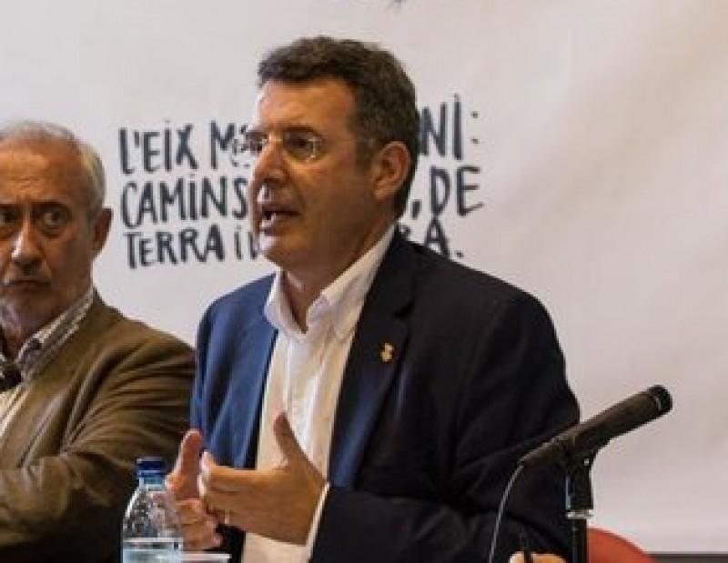 Miquel Noguer , a la dreta, durant la participació al col·loqui en el marc de la Universitat d'estiu de Prada EDDY KELELE