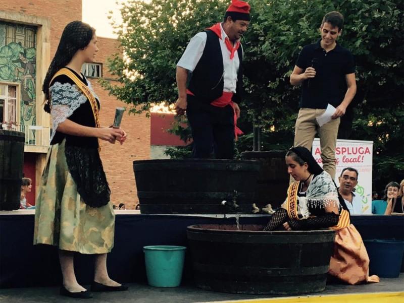 La piada és un dels actes tradicionals de la Festa de la Verema de l'Espluga XAVIER MARTÍN