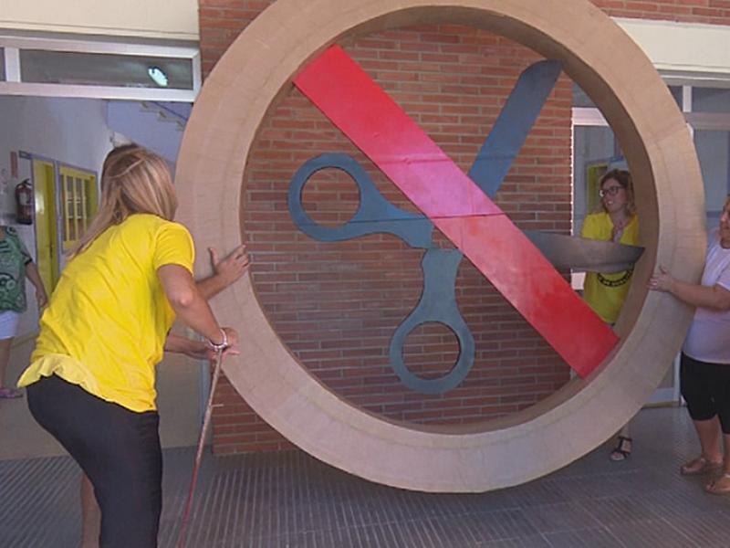 L'escola Agustí Barberà d'Amposta exigeix recuperar la línia de P3 retallada. L'EBRE