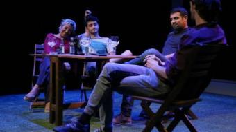 Una escena de 'Cúbit', amb els seus quatre protagonistes QUIM PUIG