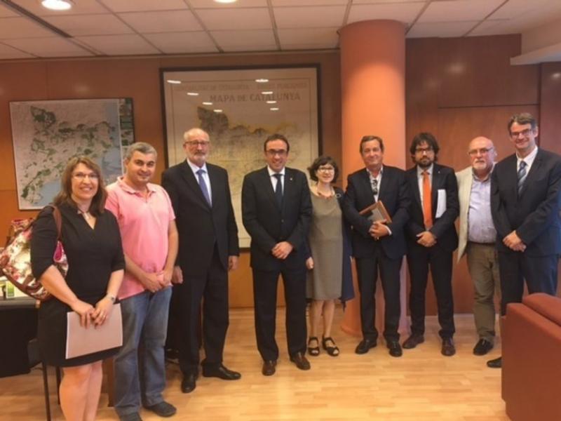 Una imatge de la reunió amb el conseller de representants del Ter Brugent i de la Cambra de Comerç de Girona EPA