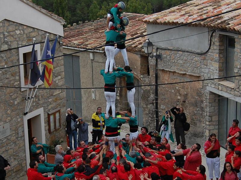Els Castellers de Sabadell i els Xiquets de Vilafranca, colles convidades a la diada d'enguany. J.S