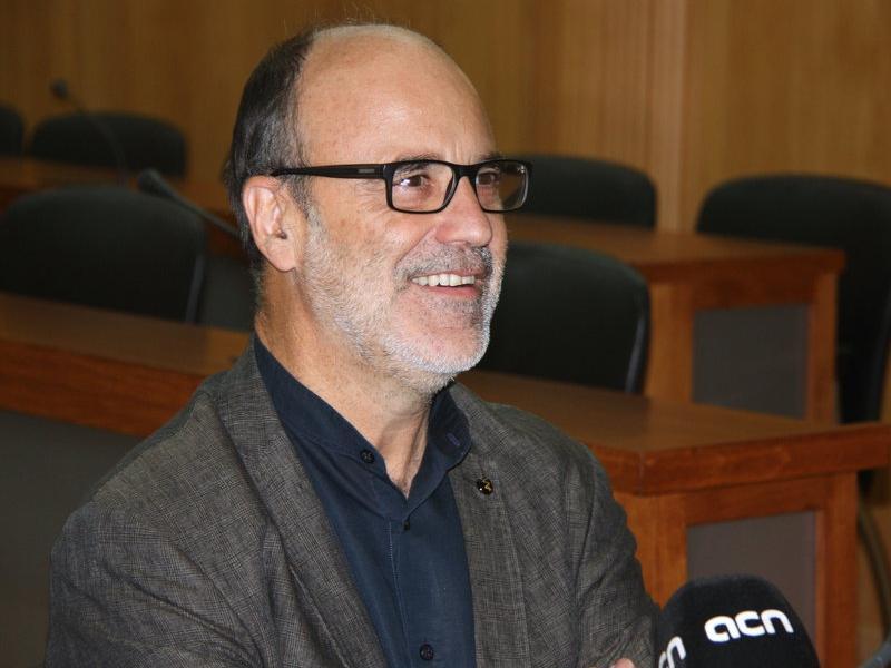 El vicepresident del COPATE,Alfons Montserrat, en la presentació del PECT al Consell Comarcal del Baix Ebre. ACN