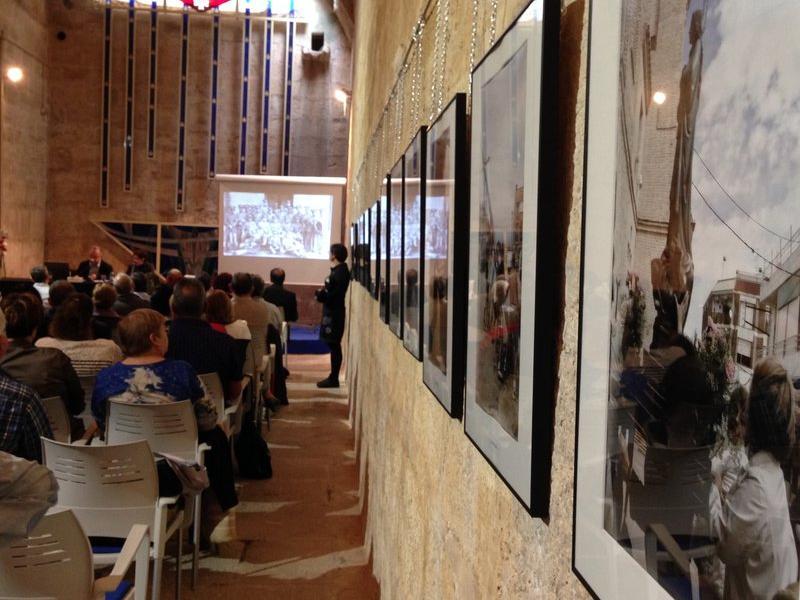 La Cisterna de la Vall va acollir ahir la Jornada d'Etnologia de les Terres de l'Ebre, dedicada a les festes. L'EBRE