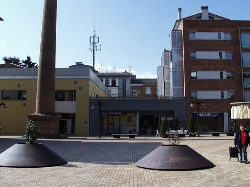 Telefònica ja va viure el 2004 un conflicte per la retirada de l'antena del centre d'Olot. J.C